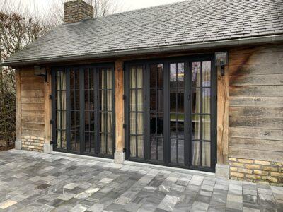stalen deur met 4 panelen